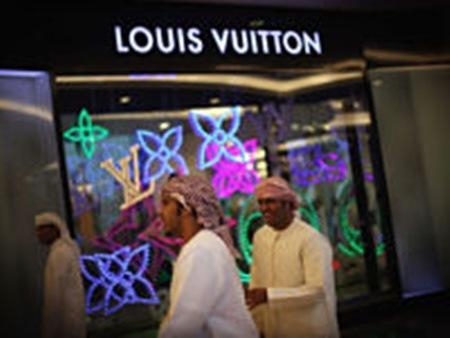 Louis Vuitton De Mat Toi Cac Thuong Hieu Moi Noi Chau A