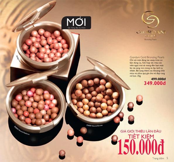 Phấn má hồng ngọc trai Oriflame Giordani Gold Bronzing Pearls với sắc hồng đào tự nhiên (23763)